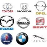 Les logo chromés des marques de voiture
